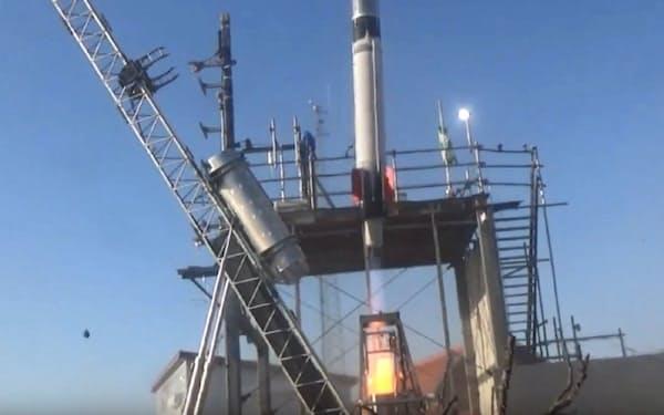 4日午前に打ち上げられたモモ3号機(インターステラテクノロジズ提供)