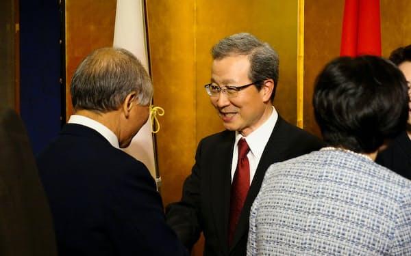 離任レセプションに出席する程永華・駐日中国大使(7日、東京都千代田区)