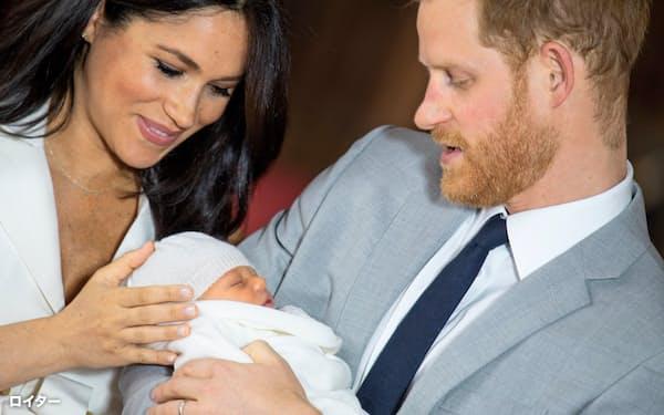 ヘンリー王子とメーガン妃は第1子を「アーチ―」と名付けた=ロイター
