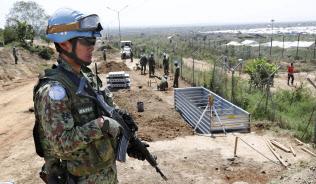 日本は南スーダンPKOから陸自の施設部隊を2017年春に撤収し、現在は司令部要員のみを派遣している=2016年11月、南スーダン・ジュバ(共同)