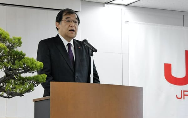 唐池会長は新年度の訓示で組織に警鐘を鳴らした(福岡市の本社)