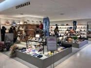 ワールドが買収する神戸レザークロスは女性向けの靴などを販売する