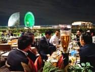 ヨコハマナイトマーケットはみなとみらいの夜景なども楽しめる(横浜市)