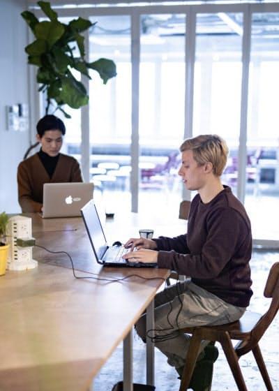 オフィス以外の場所で働きたいという需要も満たす