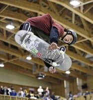 スケートボードの日本選手権、パーク種目で優勝した平野歩夢=共同
