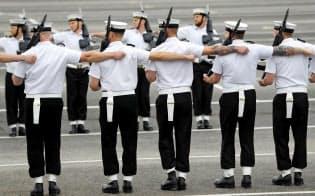 英海軍の訓練契約に米防衛企業2社が入札に参加=ロイター
