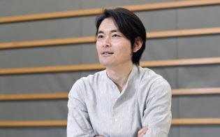 こさわ・りょうた 1973年生まれ、神奈川県出身。2002年、「アシ!」でテレビ朝日21世紀新人シナリオ大賞を受賞し、脚本家デビュー。映画「ALWAYS三丁目の夕日」では日本アカデミー賞最優秀脚本賞を受賞