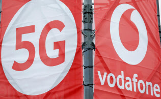 英ボーダフォンは7月に英国内で次世代通信規格「5G」を始める=ロイター