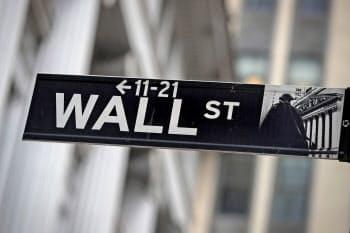 15日の米国株式市場は続伸した=ロイター