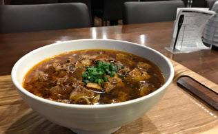 参院議員会館の夜限定メニュー「麻婆麺」