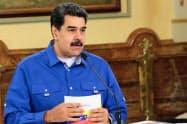 ベネズエラのマドゥロ大統領(15日、カラカス)=ロイター