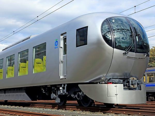西武鉄道の新型特急「ラビュー」