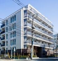 4月下旬に初めて顧客との非対面での賃貸契約を締結した賃貸マンション「ザ・パークハビオ新宿」(東京・新宿)