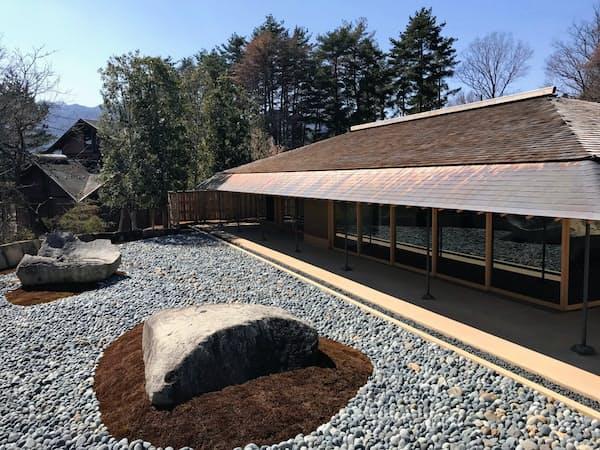 新素材研究所が設計した「清春芸術村ゲストハウス『和心』」(山梨県北杜市)