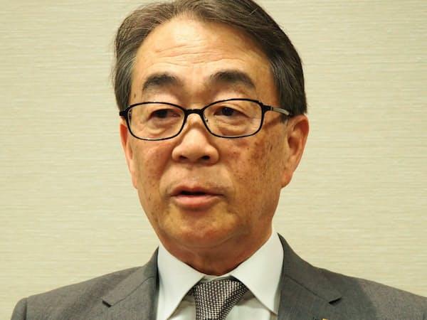 エイチ・ツー・オーリテイリングの鈴木篤社長は「食品スーパー事業は堅調だ」と話す