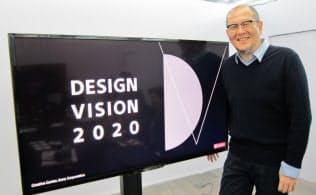 ソニーはデザイナーが、製品・サービスの初期段階から開発に関わるためのビジョンづくりに注力する(クリエイティブセンターの長谷川豊・センター長)