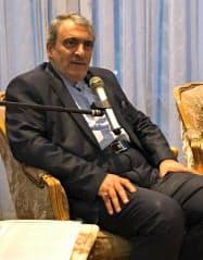 ラフマーニ氏は日本がイラン産原油の輸入を続けるよう求めた(17日、東京・港)