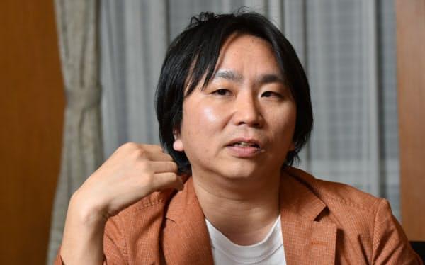作家の上田岳弘氏