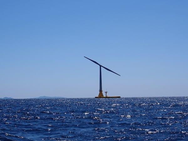 日立造船などが開発を手掛けた洋上風力が実証運転を開始した。