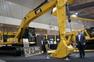 米キャタピラーは電子制御できる建機で無人作業技術などを磨く(写真はハリー・コブラック代表)
