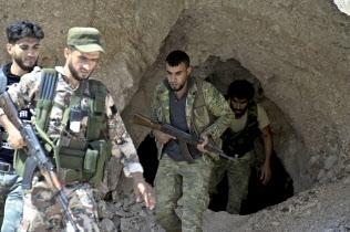 シリア北西部は反体制派の最後の拠点となっている(18年9月)=AP