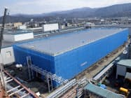 東洋紡はセラミックコンデンサーの製造用フィルムの生産増強を進めている(福井県敦賀市)