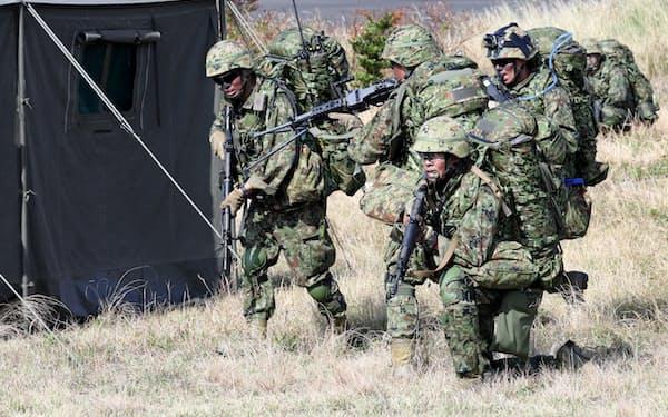陸上自衛隊の水陸機動団(2018年10月、鹿児島県中種子町)