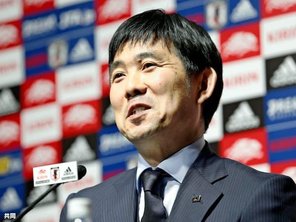 国際親善試合に臨む日本代表メンバーを発表する森保監督=共同