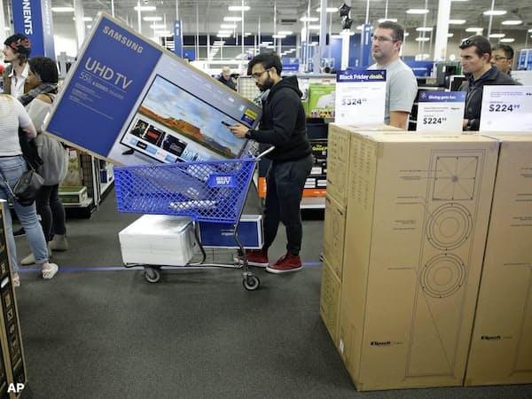 家電量販のベストバイは堅調な業績にもかかわらず株価を下げた(カンザス州の店舗)=AP