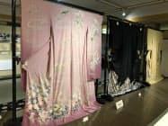 加賀友禅は絹の生地に花模様などを染め上げる