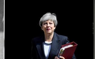 辞任を表明したメイ英首相=ロイター