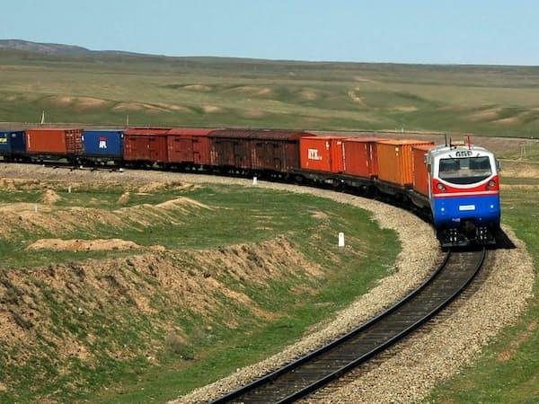 西安からポーランドやドイツを結ぶ列車を週に3便運行する