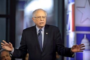 サンダース上院議員は20年の選挙公約に「国民皆雇用」を掲げる(写真はAP)