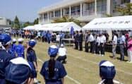 福島県富岡町で開かれた運動会(25日午前)=共同