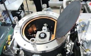 キログラムの新たな定義づくりには産業技術総合研究所も貢献(茨城県つくば市)