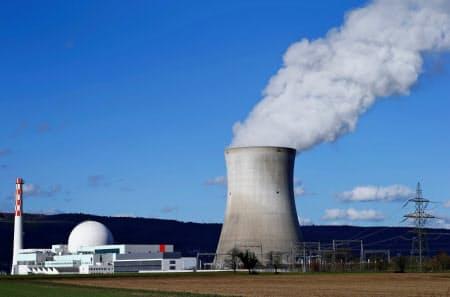 スイスの原子力発電所=ロイター