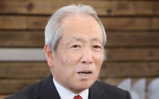 日東電工の高崎秀雄社長