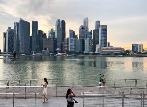 競争力ランキング1位のシンガポールは技術インフラやビジネス環境が評価された=ロイター