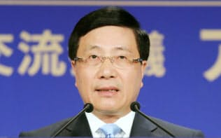 「アジアの未来」で講演するベトナムのファム・ビン・ミン副首相兼外相(30日、東京都千代田区)