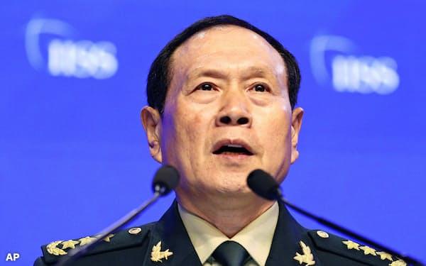 演説する中国の魏国防相(2日、シンガポール)=AP