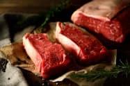ウルグアイ産牛肉は赤みが強くさっぱりした味わいが特徴だ