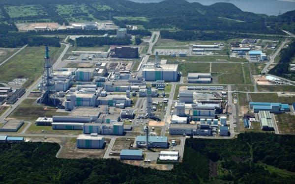 青森県六ケ所村には使用済み核燃料の再処理工場などがある