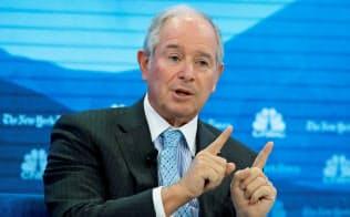 スティーブン・シュワルツマン最高経営責任者(CEO)が率いるブラックストーンは過去最大の物流不動産投資に踏み切った=ロイター