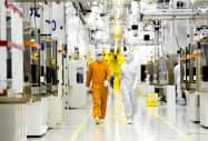 半導体メモリー市況の回復遅れはサムスン電子の業績を直撃する(ソウル郊外の同社の半導体工場)=サムスン電子提供