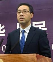中国商務省の高峰報道官(6日、北京市)