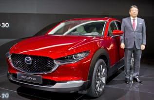 CX―30は国内の顧客から要望の多かったサイズ感だ(3月のジュネーブ国際自動車ショー)