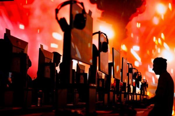 米ロサンゼルスで開幕したゲームの祭典「E3」(11日)=ロイター