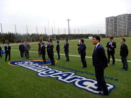 ラグビーチームや企業、自治体が集まりアイデアを出し合った(4月17日、千葉県浦安市)