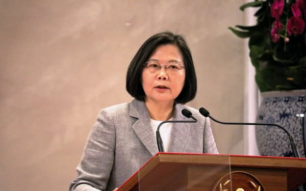 台湾の蔡英文総統は再選を目指す(5月、台北市内)