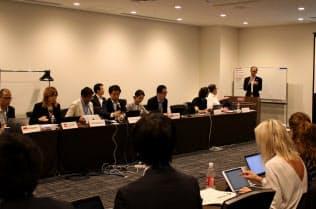 国際標準化機構が開催したシェアリングエコノミーの規格に関する会議(13日、東京都港区)